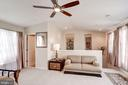 Vaulted Ceiling + French Doors to Rooftop Terrace! - 12086 KINSLEY PL, RESTON