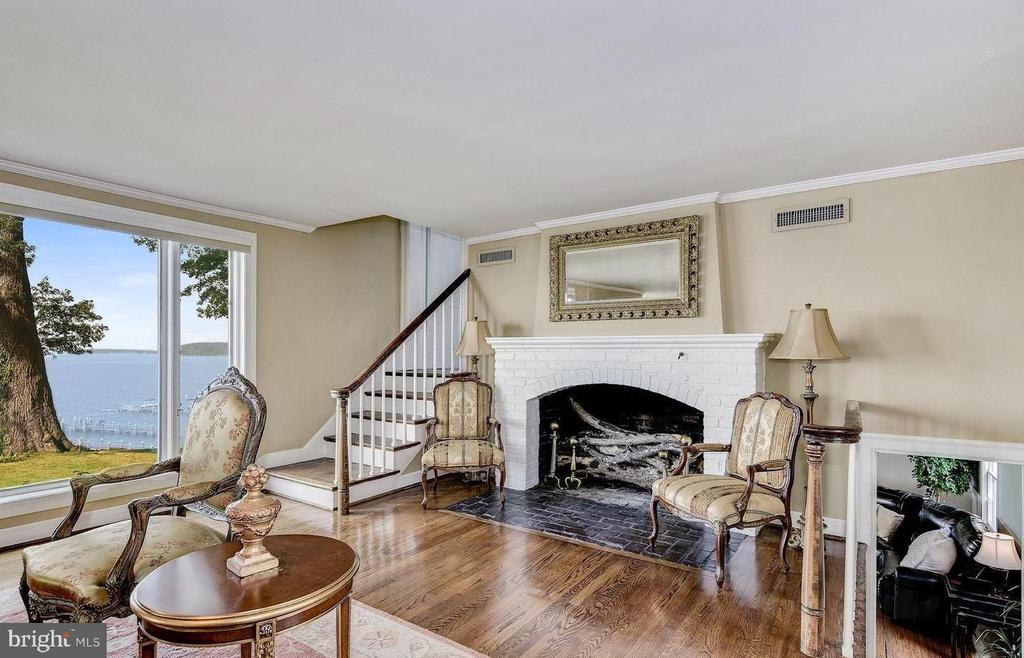 Multiple Fireplaces in the Estate Home - 4005 BELLE RIVE TER, ALEXANDRIA