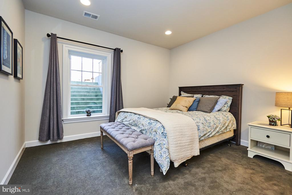 Basement bedroom - 41222 TRAMINETTE CT, ASHBURN