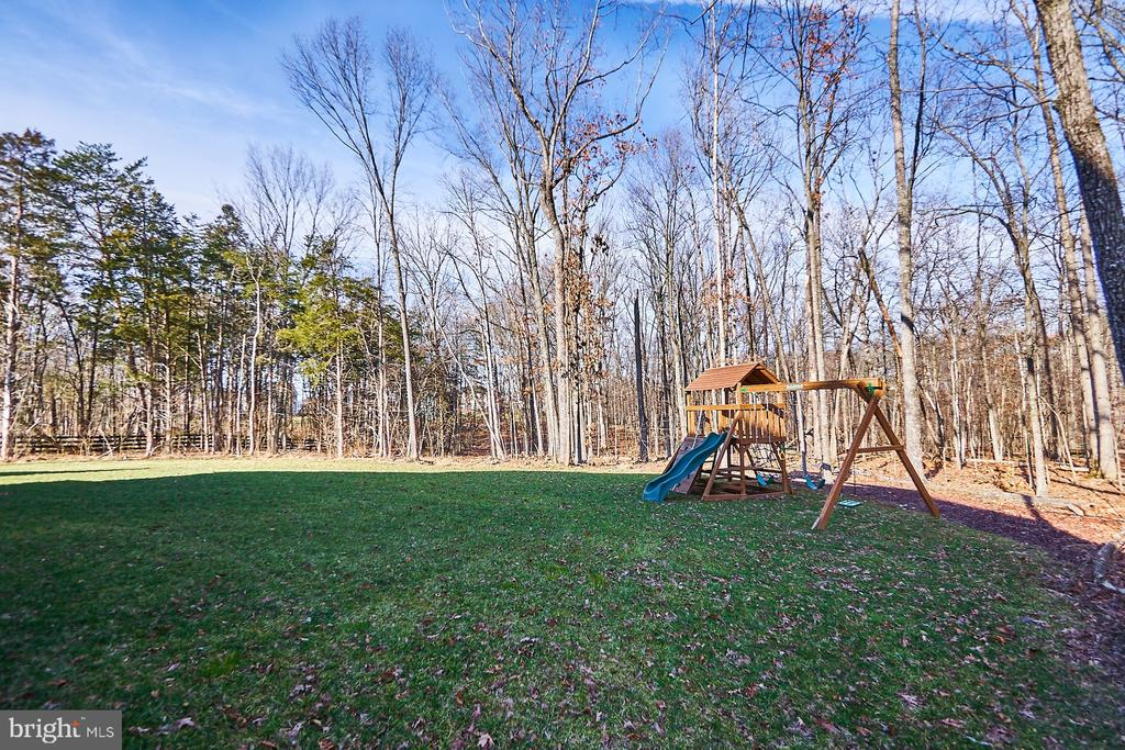 Beautiful treed lot - 41222 TRAMINETTE CT, ASHBURN