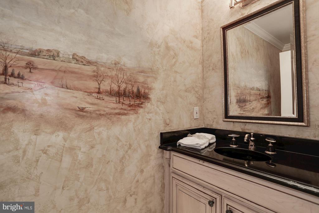Powder room off of formal foyer - 1201 N NASH ST #302, ARLINGTON