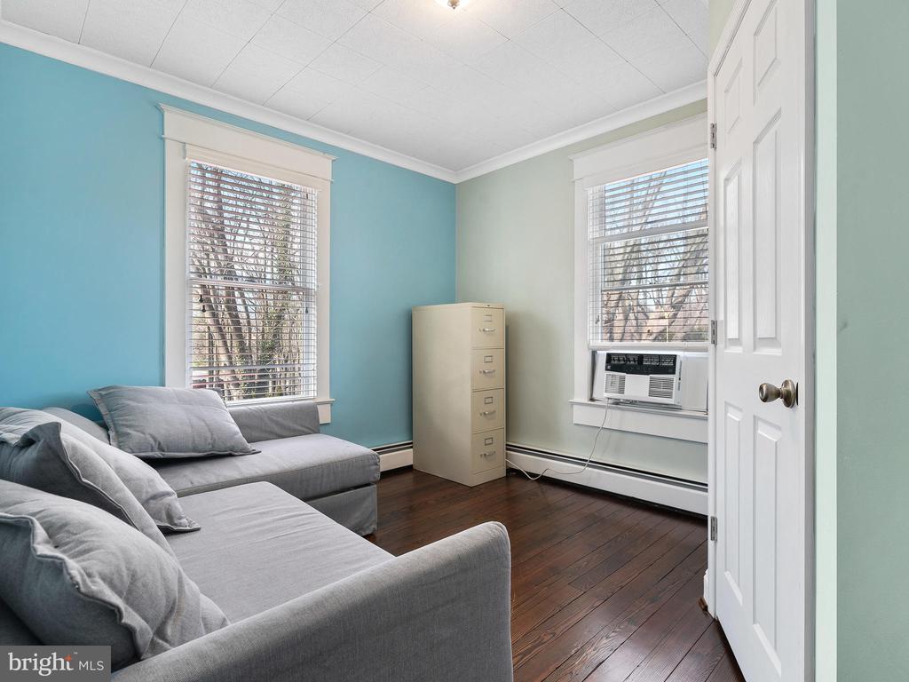 bedroom 4 - 200 WASHINGTON GROVE LN, GAITHERSBURG
