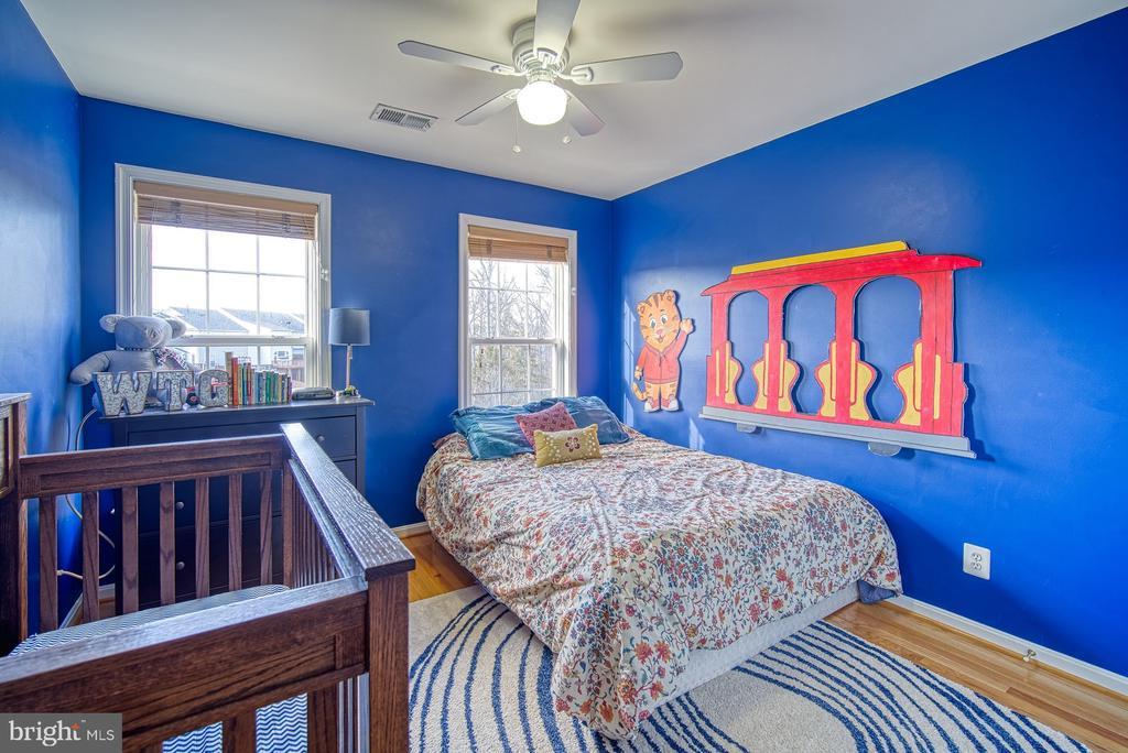 Spacious Third Bedroom - 22710 DEXTER HOUSE TER, ASHBURN