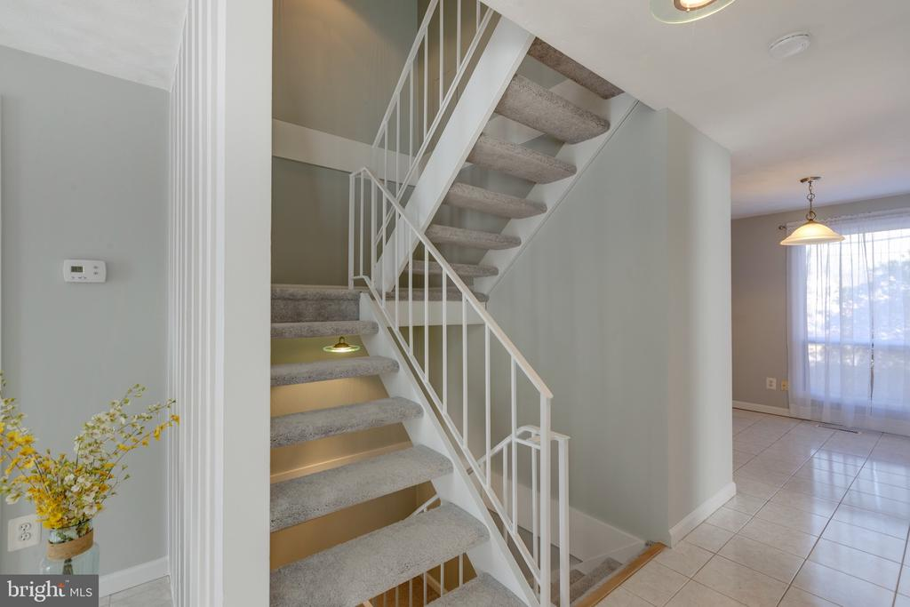 Stairs - 4467 ELAN CT, ANNANDALE