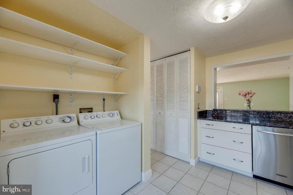 Washer Dryer - 15098 ARUM PL, WOODBRIDGE