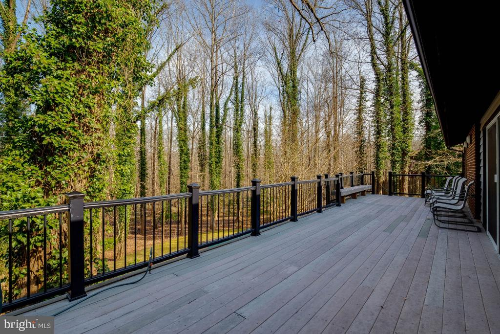 Deck - 8651 BLACK FOREST CIR, FAIRFAX