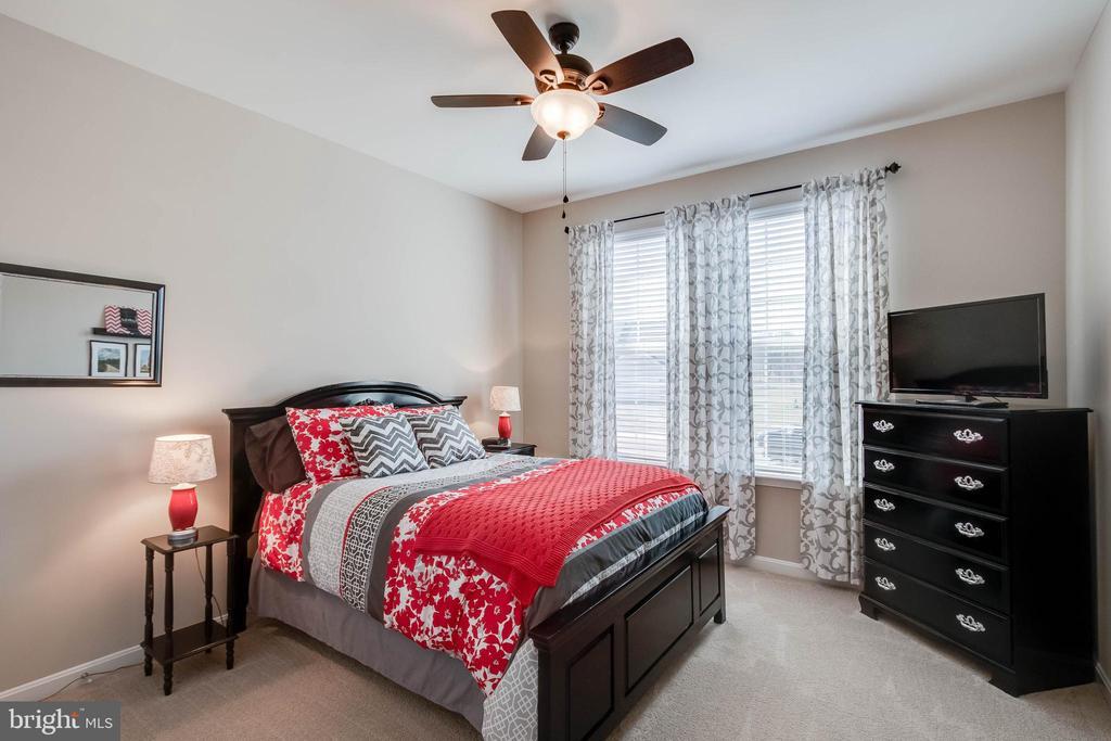 Bedroom 2 - 754 MCGUIRE CIR, BERRYVILLE