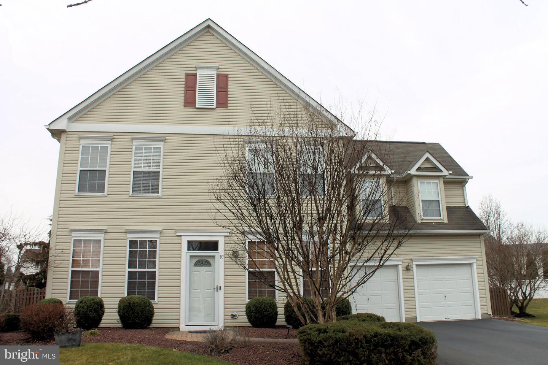 Single Family Homes للـ Sale في East Windsor, New Jersey 08520 United States