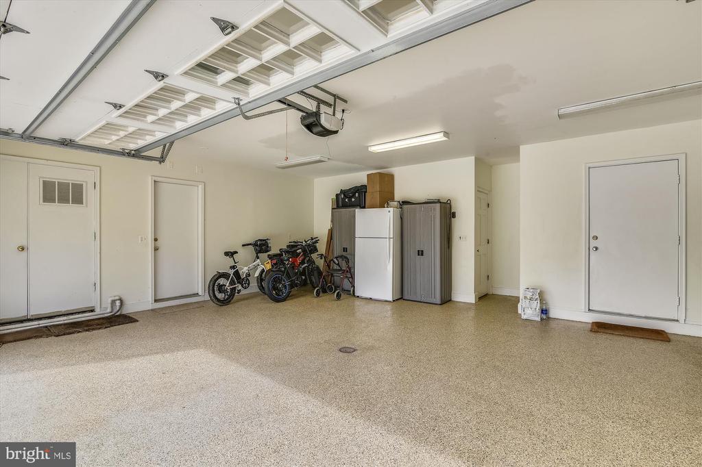 garage - 3050 RECTORTOWN RD, MARSHALL