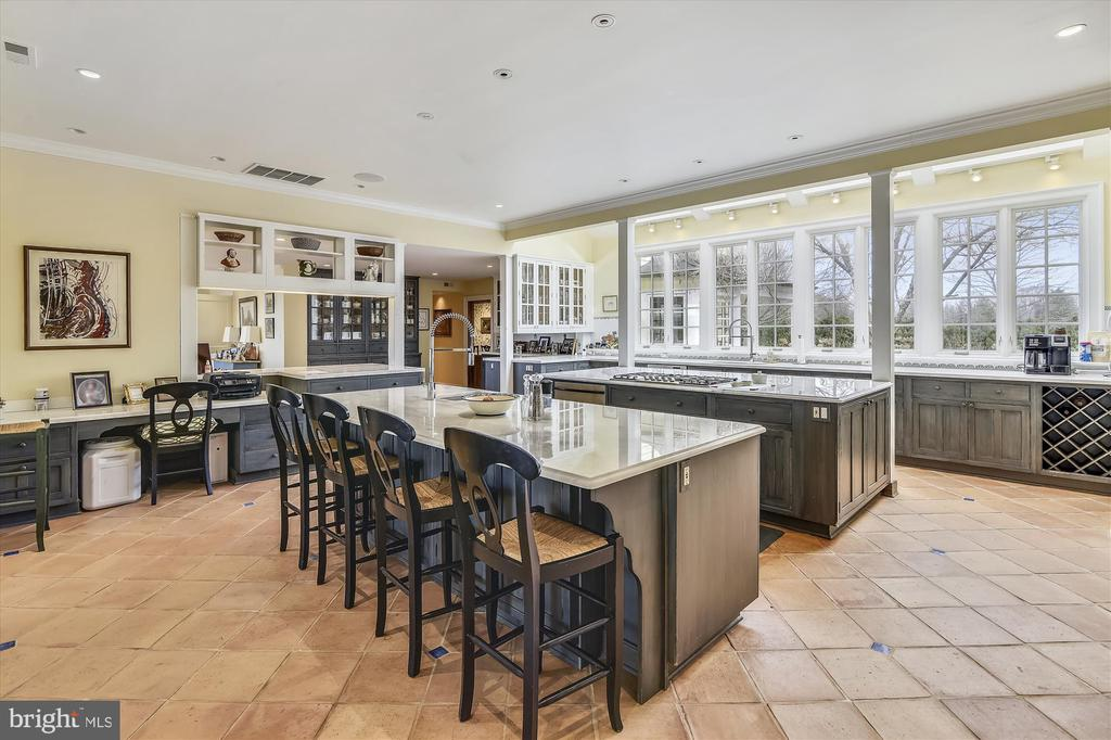 kitchen - 3050 RECTORTOWN RD, MARSHALL