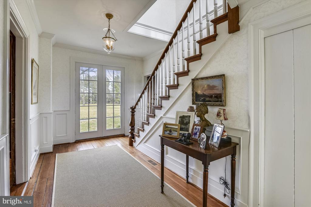 stairs - 3050 RECTORTOWN RD, MARSHALL