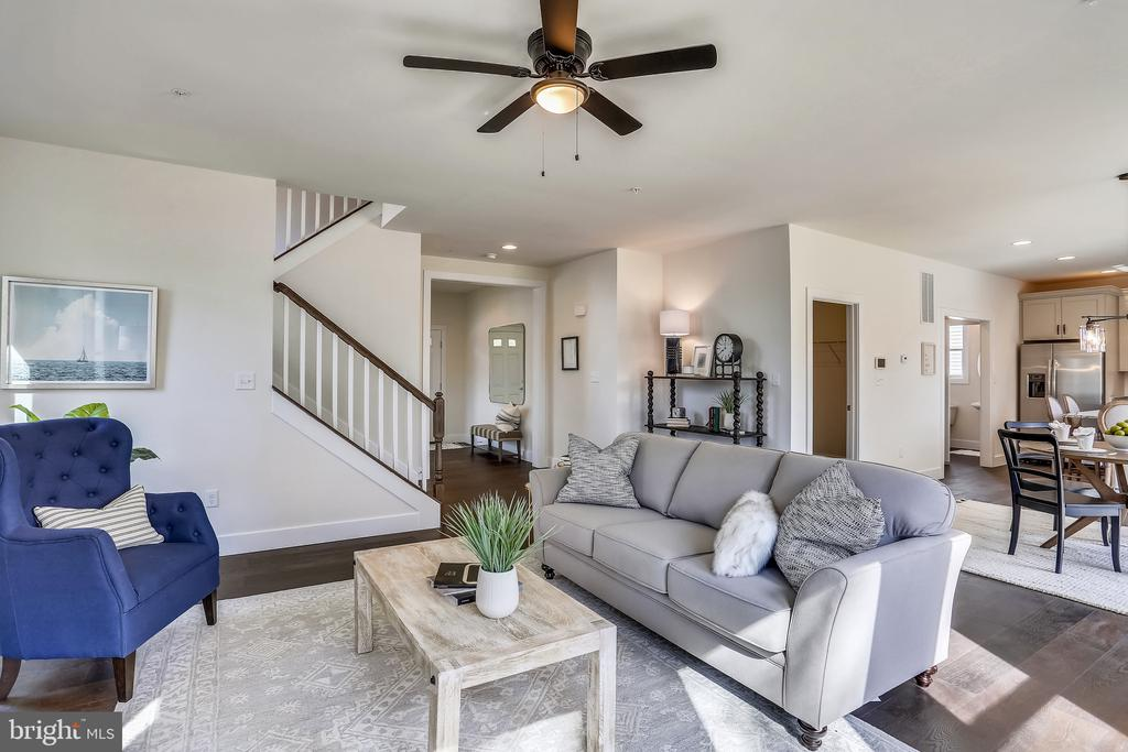 Centrally located stairs. - 18609 STRAWBERRY KNOLL RD, GAITHERSBURG