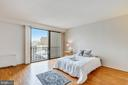 Large windows-bright and light-filled. - 4141 N HENDERSON RD #1011, ARLINGTON