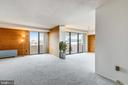 Open floor plan living and dining room, new carpet - 4141 N HENDERSON RD #1011, ARLINGTON