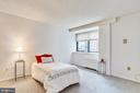 French doors to spacious second bedroom or office. - 4141 N HENDERSON RD #1011, ARLINGTON