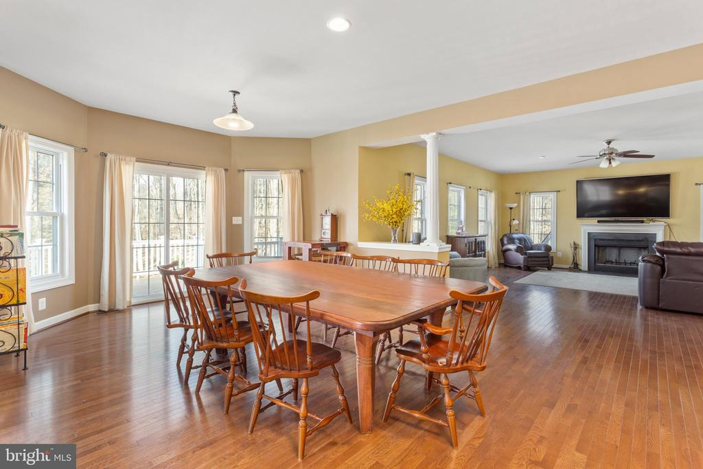 Breakfast Room - 8108 SPRUCE VALLEY LN, CLIFTON