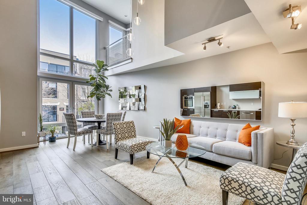 Living room - 1466 HARVARD ST NW #A-1, WASHINGTON