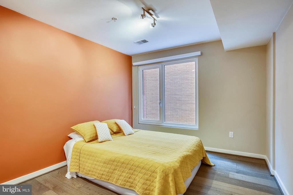 bedroom/den - 1466 HARVARD ST NW #A-1, WASHINGTON