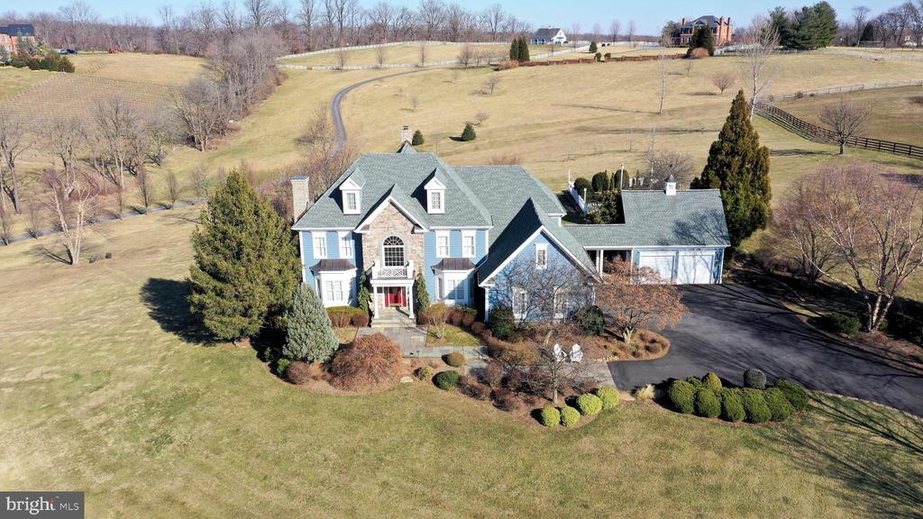 Custom home with 360 degree panoramic views - 16080 GOLD CUP LN, PAEONIAN SPRINGS