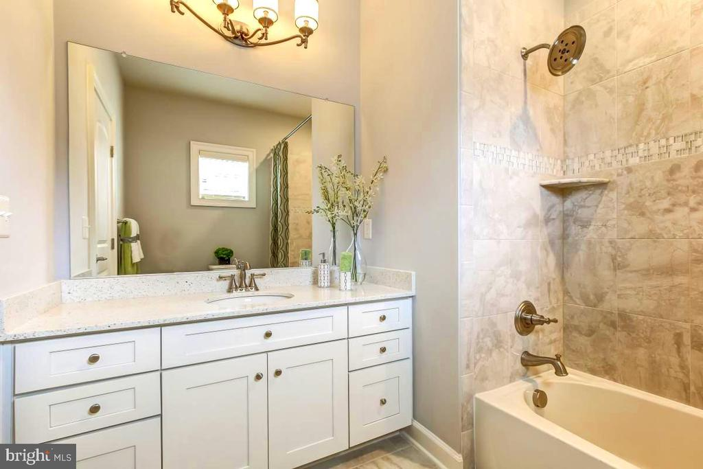 BR 4 has wonderful marble private bathroom - 2327 DALE DR, FALLS CHURCH