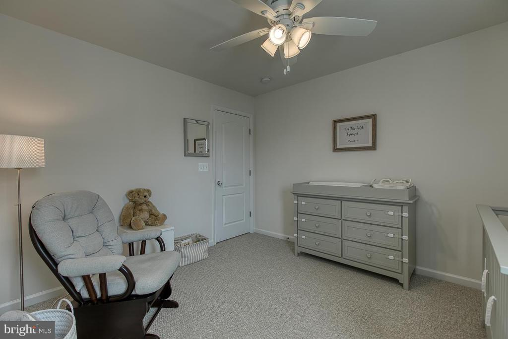 Bedroom #2 with ceiling fan - 332 BOXELDER DR, STAFFORD