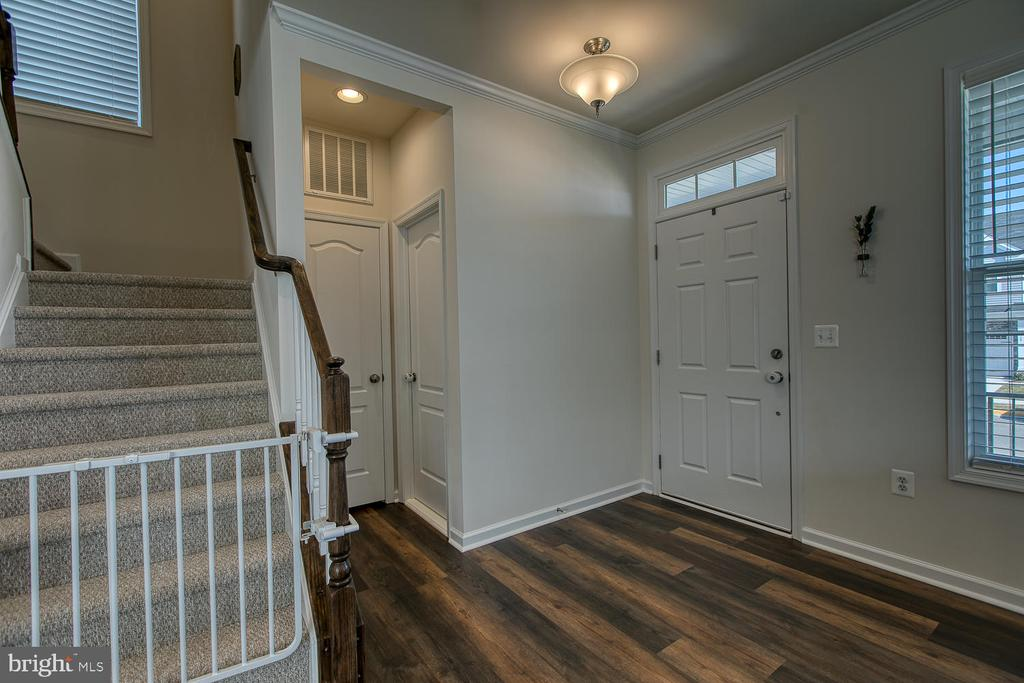 Entry way - 332 BOXELDER DR, STAFFORD