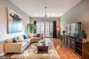 Spacious & Light-Filled Livingroom - 1739 ALICEANNA ST, BALTIMORE