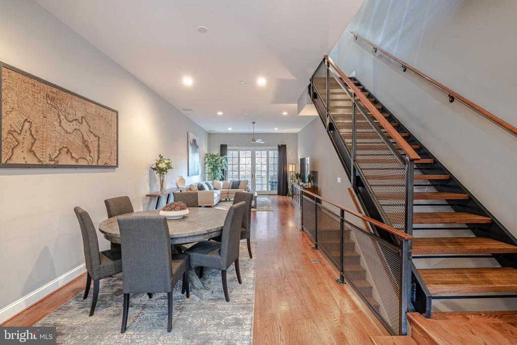 Suburban Comfort in the Heart of Fells Point - 1739 ALICEANNA ST, BALTIMORE