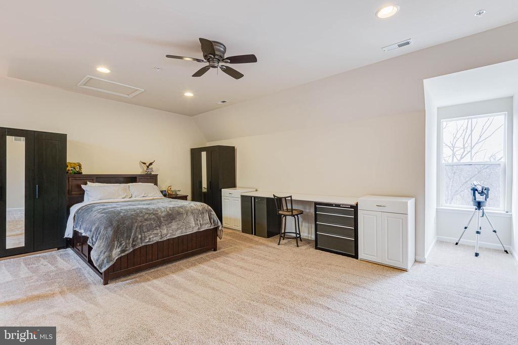 BEDROOM 4/LOFT - 6963 COUNTRY CLUB TER, NEW MARKET
