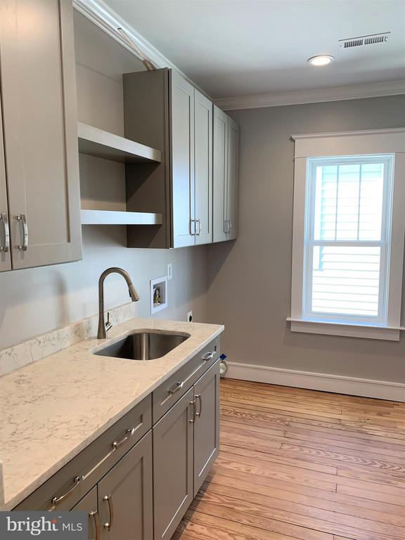 Functionality Abounds in this Upstairs Laundry Rm - 812 WEEDON ST, FREDERICKSBURG