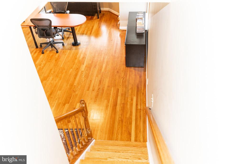 Stairs down to office level - 1911 LOGAN MANOR DR, RESTON