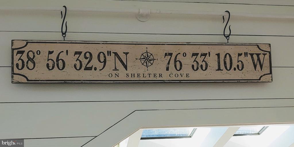 - 238 RIVERSIDE RD, EDGEWATER