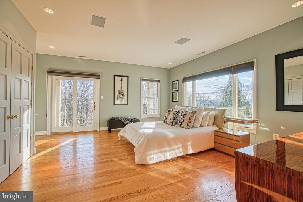 Bedroom 2 includes balcony and rear views - 40310 HURLEY LN, PAEONIAN SPRINGS