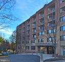 Secured building & concierge services - 1951 SAGEWOOD LN #18, RESTON