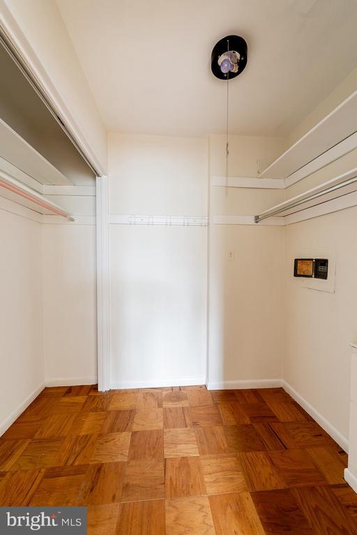 master walk-in closet - 10401 GROSVENOR PL #527, ROCKVILLE