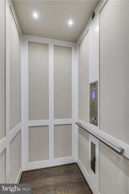Private in-house Elevator - 44665 BRUSHTON TER, ASHBURN