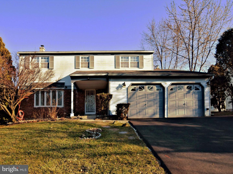 Single Family Homes 为 销售 在 Norristown, 宾夕法尼亚州 19403 美国
