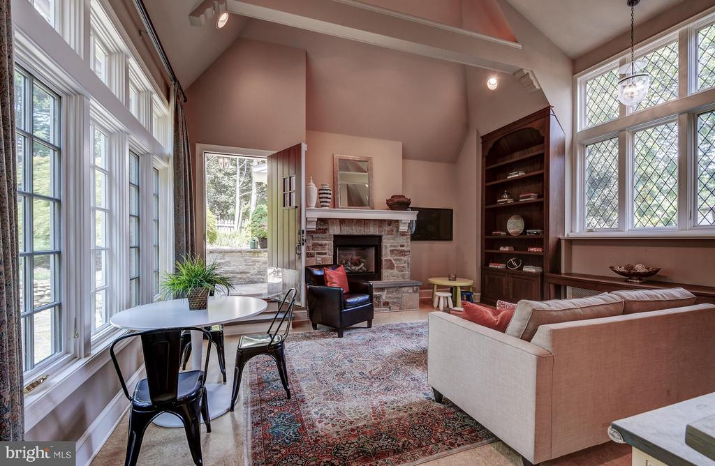 Family room addition - 212 GOODALE RD, BALTIMORE