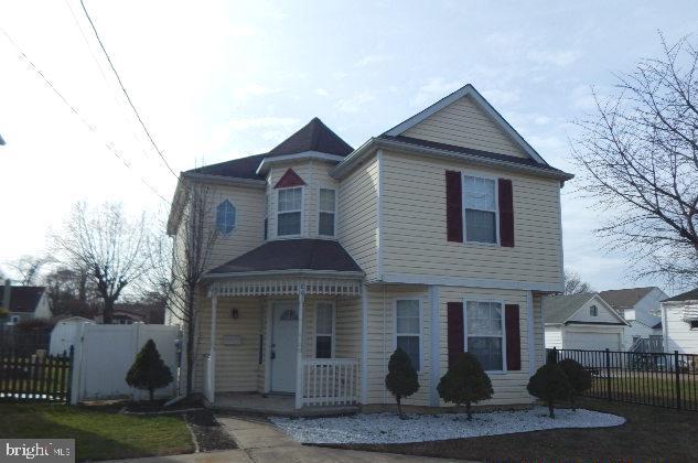 Single Family Homes للـ Sale في Runnemede, New Jersey 08078 United States