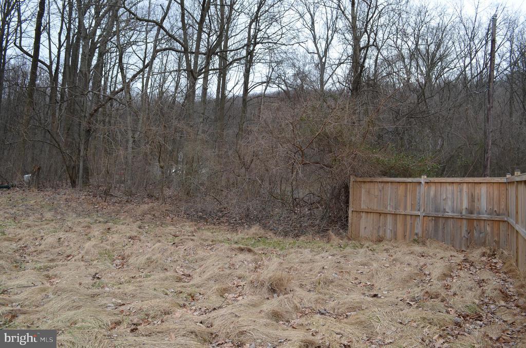 Rear of yard - 5420 BURKITTSVILLE RD, JEFFERSON