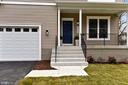 Entrance - 18609 STRAWBERRY KNOLL RD, GAITHERSBURG