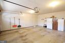 Extra wide Garage - Plenty of Storage Room - 117 GREEN ST, LOCUST GROVE