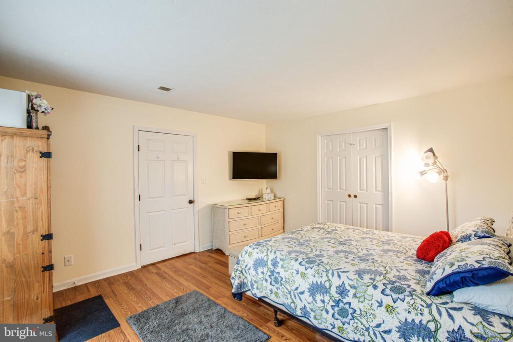 Currently used as a main floor bedroom (ntc) - 10101 OLDE KENT DR, SPOTSYLVANIA