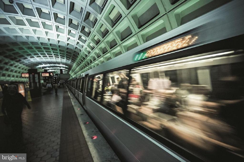 Easy Access to Metro - 2808 TELEK PL, ALEXANDRIA