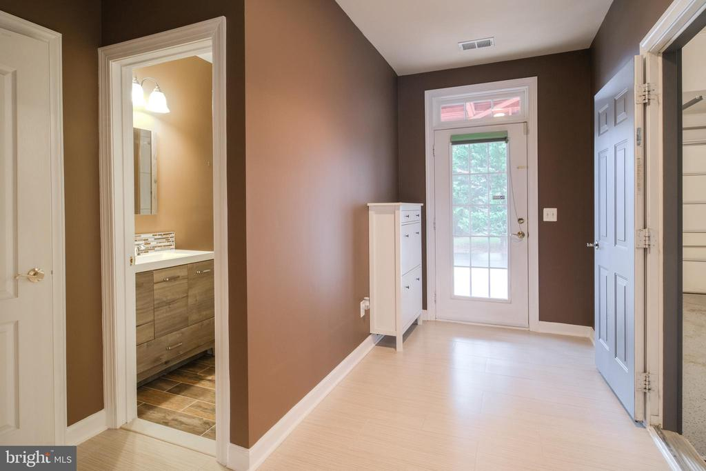 Basement with access to new patio and garage - 13299 SCOTCH RUN CT, CENTREVILLE