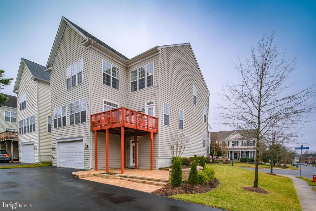 Back of house - 13299 SCOTCH RUN CT, CENTREVILLE