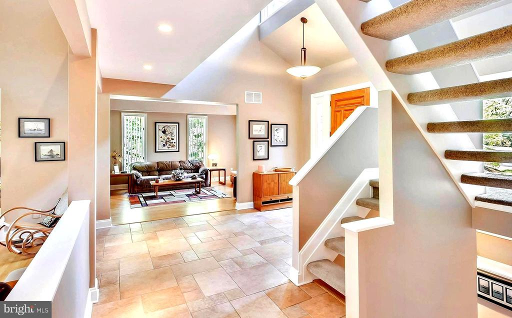 Innovative 5,000 Square Feet of Living Space - 1584 LANCASTER GRN, ANNAPOLIS