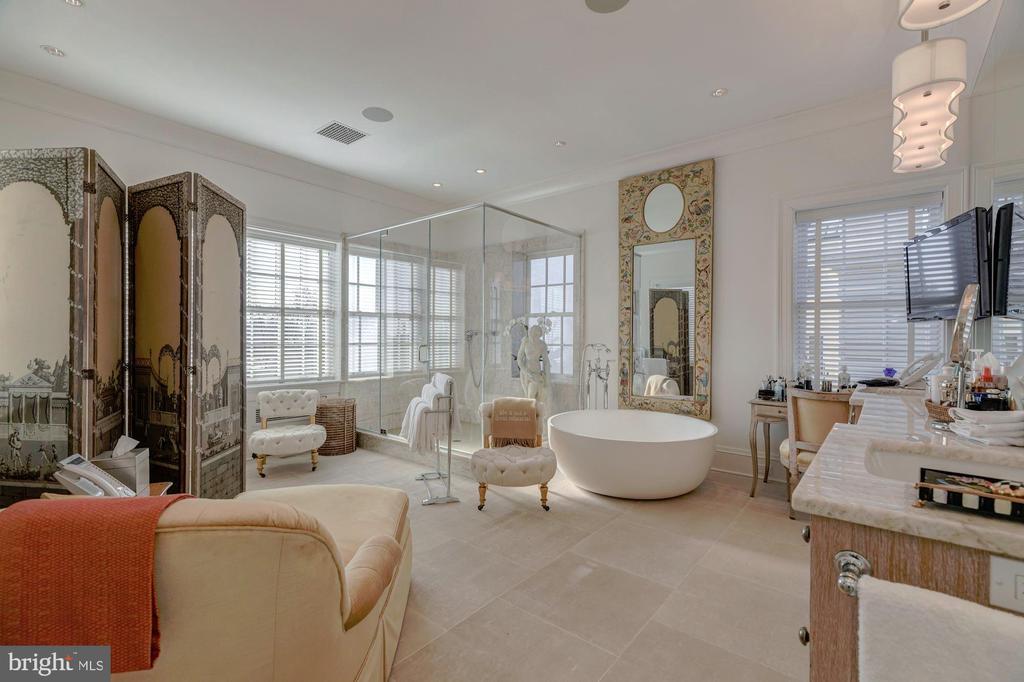 Master Bathroom - 3210 R ST NW, WASHINGTON