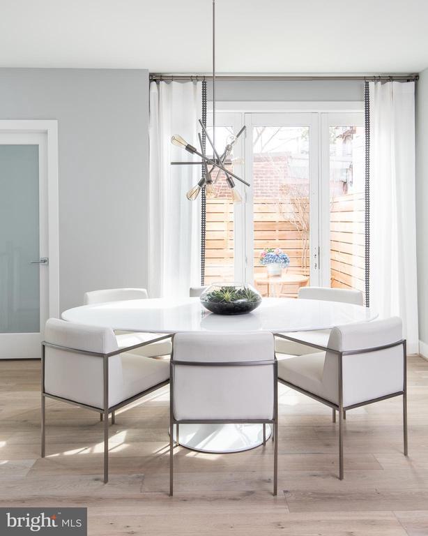 Triple door opens to private patio - 1015 D ST NE #B, WASHINGTON