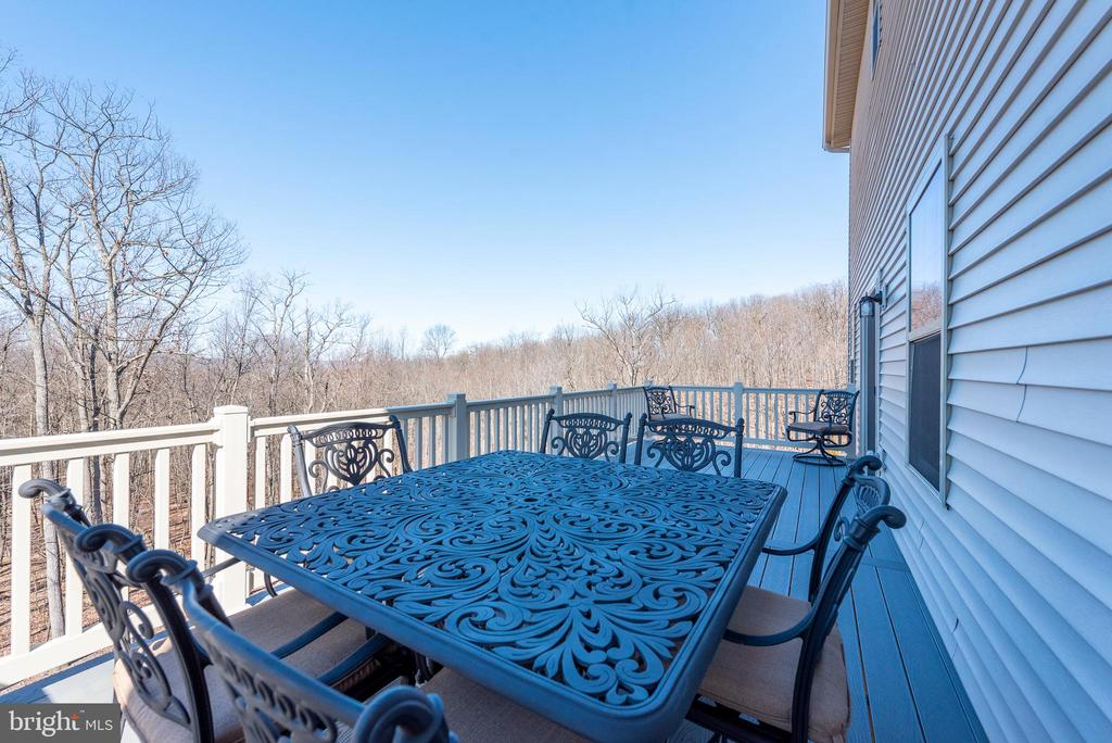 Rear deck with view - 9689 AMELIA CT, NEW MARKET